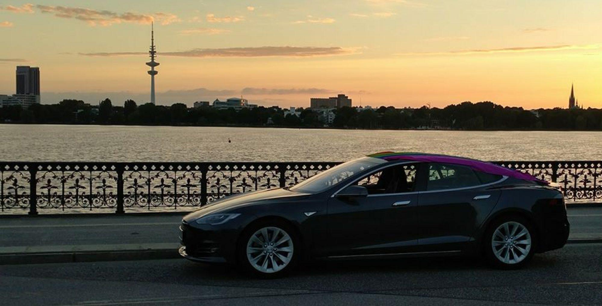 EV4RENT - Elektroautos einfach in Hamburg mieten.